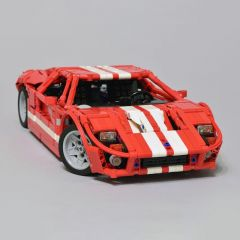 MOC-11473 2005 Ford GT (1:12)